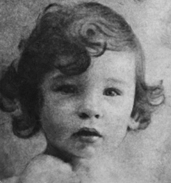Anita Huyghe à 1 an